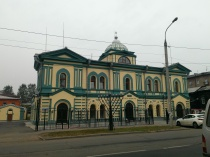 beautiful synagogue